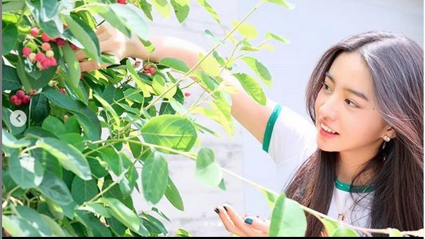 ココミ 熱愛 写真 キムタク & 工藤静香の長女「Cocomi(ここみ)」がVOGUE表紙でデビュー!